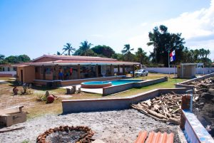 Wide view on the Panama Kitesurfing Guesthouse in Punta Chame, Panama